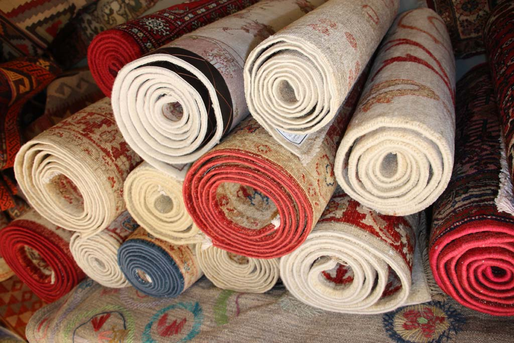 Galer a alfombras kuros alfombras persas y orientales for Alfombra persa pasillo